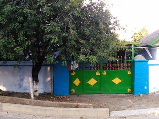 Продаётся дом в Дубоссарах (с участком).
