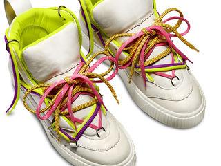 Новые стильные кроссовки Bata, 40 размер, натуральная кожа