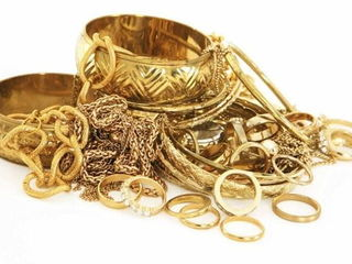 Покупаем золото дорого 900 лей /cumparam aur scump 900 lei