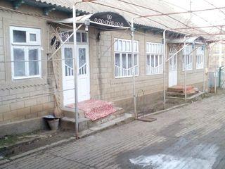 Р-н Кагул, с.Московей, дом 5 комнат, 27 соток