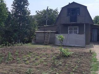 Срочно! продам дом 2 комн, 45м2 + 6 соток, Дачи Новые Бельцы, косметический ремонт 11500 евро