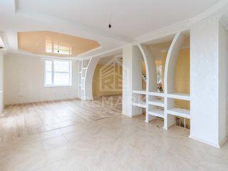 Vânzare, casă, com. Ciorescu, 104900 €