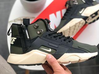 "Nike Huarache Acronym ""Haki"""