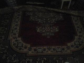 Продаю ковёр в хорошем состоянии.