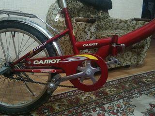 Продаю велосипед Салют,