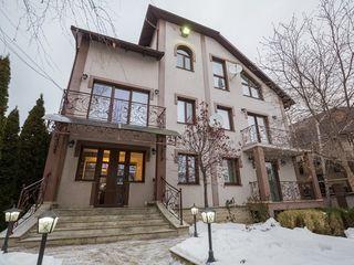 Casa lux, 550 mp, cel mai inalt nivel, exclusiv in Chisinau !