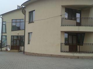 Ciocana strada Sperantei 6 vind casa noua 750m2 lotul 13 ari =288 200 €