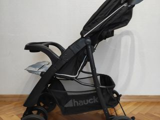 Продам немецкую коляску Hauck б/у