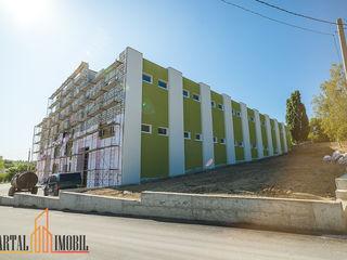 Chirie depozite/spații de producere amplasate în Ialoveni la doar 5 minute de Chisinau. 3 € m/p.