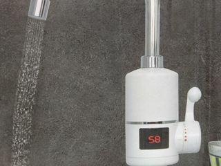 Проточный водонагреватель TopWork 3,2 kw с дисплеем в Бельцах