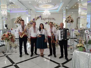 Formația - Doina Moldovei, muzica pentru petreceri, nunti si cumatrii la pret accesibil.