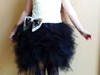 Продам платье для девочки 6 - 8 лет!