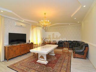 Casa cu 2 nivele, Telecentru, reparație euro, 292 mp, 189000 € !