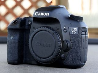 Canon 7D made in Japan tot complectul