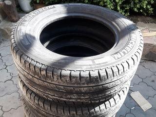 Michelin225 65 16c