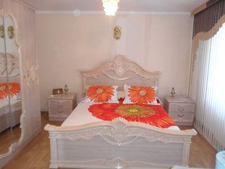 1.5 этажный меблированый дом с евроремонтом и авт. опопл.в Яловень по ул. Гагарина. Цена: 72500 евро
