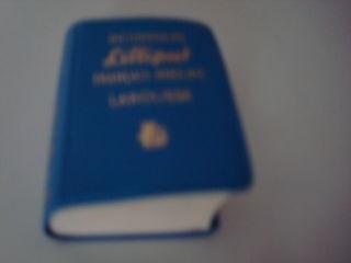 Se vinde  mini dictionar francez-englez