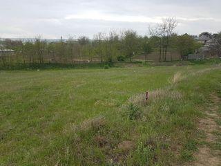 Vând teren pentru construcția casei în Revaca! Loc pitoresc, bun și pentru o vilă!
