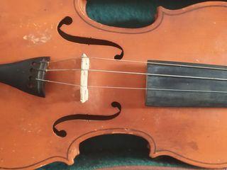 Продаю 2 скрипки в хорошем состоянии.
