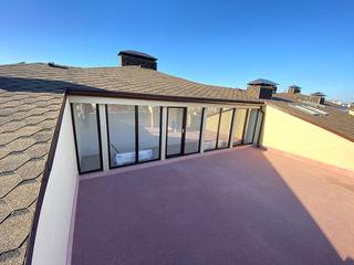 Apartament de vânzare, două niveluri cu terasă, Buiucani, str. Paris, 69000 €