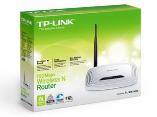 WI-FI Router TP-Link WR740N, 150mbps, in stare buna, folosit putin. Pret: 250 lei.