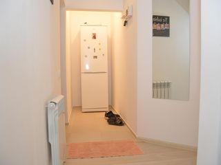 Apartament cu 2 camere, mobilat, electrocasnice, parcare privata, camara externa, Lapaevca