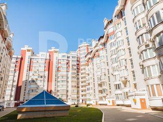 Apartament cu locație favorabilă situat pe strada Lev Tolstoi, Centru
