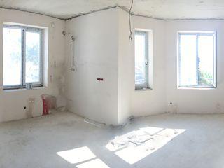 Пентхаус 151 м2. в клубном доме на 4 семьи. индивидуальный двор у каждой квартиры