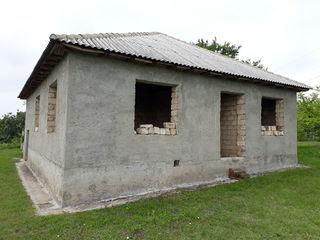 Doar 10 KM de la Chișinău !!! Casă satul Piatra Albă raionul Ialoveni !!!