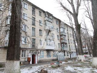Apartament 3 odăi, Buiucani, str. Ion Creangă, 67 m2, seria Hrușciovka!