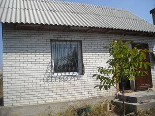 Дача в Кетросу, возле трассы Кишинев -Новые Анены