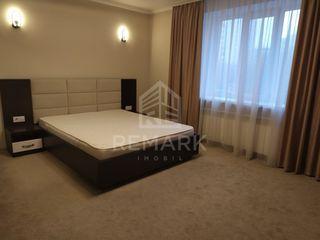 Chirie, Apartament cu 1 cameră, Centru,  str. Albișoara, 260 €
