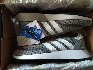 Adidas (N-5923) новые кроссовки оригинал .