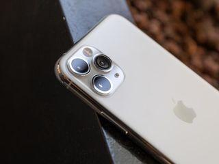 iPhone 11 Pro Max - Rezistent la apa si praf!   4/64GB. Livrare gratuita!
