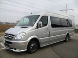 Transport de pasageri 3,5 7,9 21,35,52,55 Locuri, orice directie. si prin Moldova, nunti, excursii ,