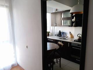 Apartament cu 1 cameră. 47 m2. Etaj 3. Mobilat.