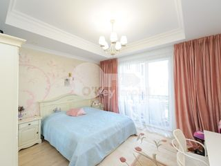 Bernardazzi, 3 camere, reparație de lux, 100 mp, casă de tip Club-House!!