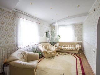 Casă de vânzare, Dumbrava, cu suprafața de 190 mp, preț 85000€