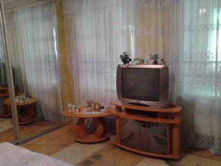 Продаётся дом в центре г.корат
