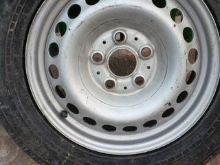 4 колеса на дисках 205 65 R16С от Т5