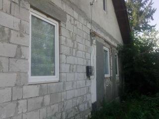 Anenii Noi - Berezchi - 2 case + 15 ari - urgent