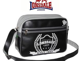 Сумка Lonsdale Boxing Club.