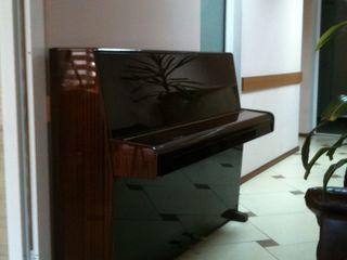 Пианино Ronisch немецкое, б/у,цена 900 евро