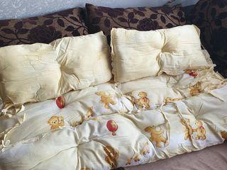 Бортики для кроватки .