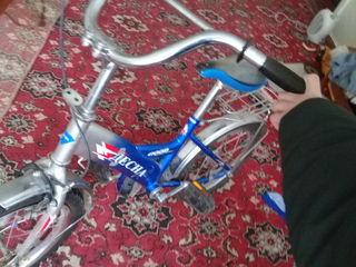 Продаю велосипед десна