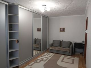 O odaie din componența unui apartament cu 2 odai seria Ms