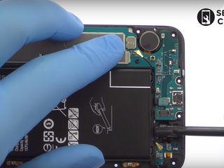 Samsung Galaxy A8+ (SM-A730FZVDSEK)  Nu se încarcă smartphone-ul? Înlocuiți conectorul!
