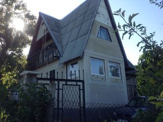 Возле Vadul lui Voda  ! Котельцовый дачный дом 80 м2 , гараж , можно жить постоянно !