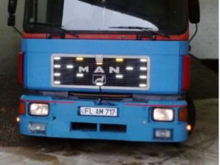 Man 24332
