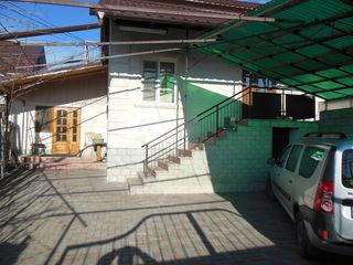 Одноэтажный дом в  Яловенах 136м2